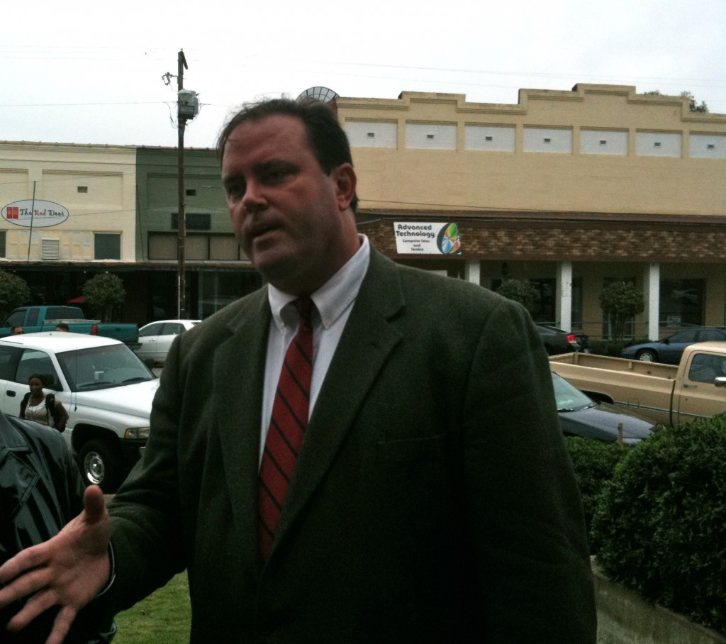 John Somerville - HealthSouth plaintiff attorney speaks to media after scrushy home auction