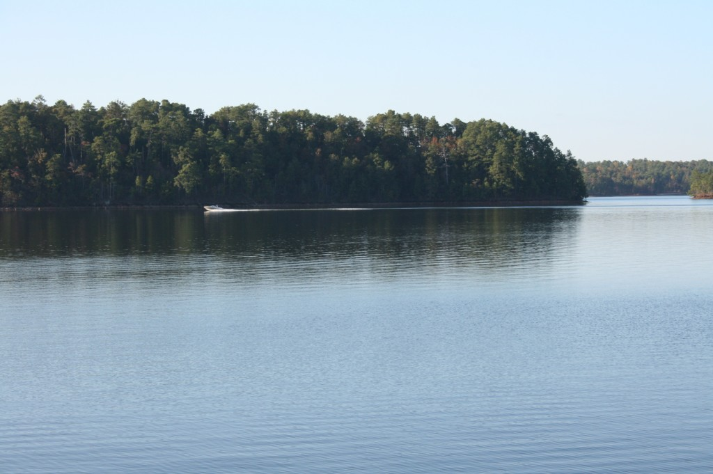 lake martin fall boating