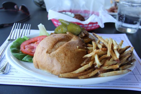 Kowaliga Restaurant Cheeseburger